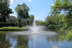 Fountain (Patricia Henschen) Tags: cantigny robertmccormickestate wheatonillinois wheaton illinois garden park flowers fountain clouds pergola arbor
