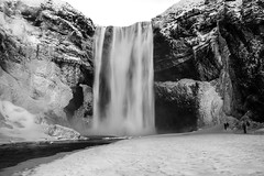 welcome to the great freeze (lunaryuna) Tags: iceland southiceland landscape waterfall skogafoss freeze frozen icicles semifrozenwaterfall naturalmonochrome winter season seasonalwonders lunaryuna