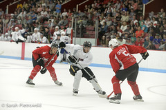 Comm_Ave-2016-20 (Sarah Pietrowski) Tags: hockey icehockey boston bostoncollege bostonuniversity als