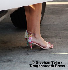 IMG_2336_Unstrapped, pretty heels and toe ring (sdttds) Tags: feet arches soles toes pretty sexy beautiful fuesse fse pies wawae pieds sandals highheels   miguu  chn jewelry toering