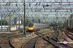 Virgin Trains Class 390103 (Luke Bowman's photography) Tags: virgin trains vt alstom class 390 390103 poppy pendolino manchester piccadilly