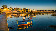 Back from early fishing. (vegard.magnus) Tags: gavres bretagne pche fish fishing bateau boat sea seaside sunrise france coast miroir miror landscape