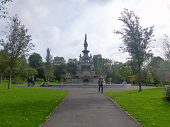 Stewart Memorial Fountain (7) (dddoc1965) Tags: dddoc davidcameronpaisleyphotographer september 23rd 2016 kenny ried glasgow buildings parks shop fronts fountain polish people churches mosque water