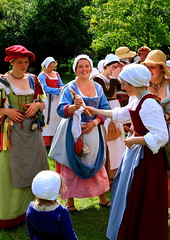 Tudor Life at Kentwell Hall 1556, July 2012, Suffolk, England (Niko S90) Tags: longmelford england house canon costume suffolk hovel tudor historic historical recreation moat reenactment kentwellhall 16thcentury livinghistory historicalreenactment kentwell tudors 1556 tudorrecreation tudortimes historiccostume historicalrecreation tudorreenactment tudorlife tudorliferecreation tudorhistory lifeintudortimes tudorlifeatkentwellhall kentwell2012 kentwellhallsummer