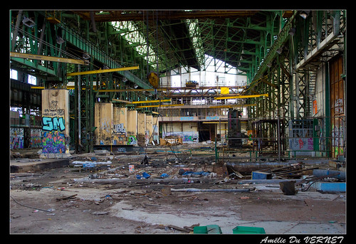 "[Urbex] L'usine fantôme • <a style=""font-size:0.8em;"" href=""http://www.flickr.com/photos/60395175@N00/8086681351/"" target=""_blank"">View on Flickr</a>"