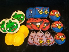 Angry Bird Space cookies_awesome sweetness bakery_sugar cookies (Awesome Sweetness.com) Tags: blue boy red girl cookies space pigs partyfavors goldeneggs decoratedcookies angrybirds awesomesweetnessbakery
