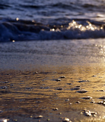 Tranquillity (Stefano085) Tags: sunset sea beach tramonto mare dof bokeh sony os spuma foam 1855 spiaggia mirrorless nex5