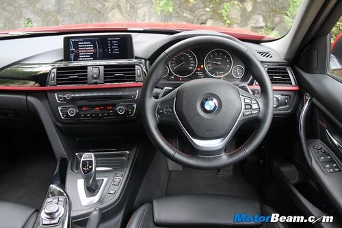 2012-BMW-328i-12