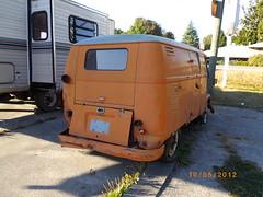 1956 Volkswagen Bus (Foden Alpha) Tags: orange bus vw volkswagen 1956 mapleridge