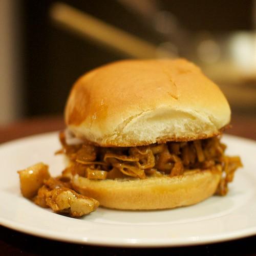 Veggie BBQ Pulled Porq Sandwich