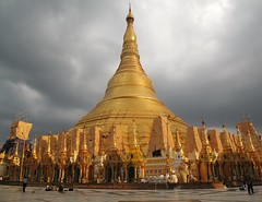 Schwedugan pagoda (Francisco Anzola) Tags: temple pagoda shwedagon yangon burma buddhism myanmar rangoon