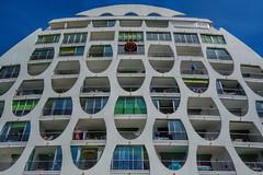 Archi ! (Stphane LANDMANN) Tags: architecture archi lgm lagrandemotte grandemotte sky skyporn btiment extrieur structure lignes gomtrique complexe immobilier