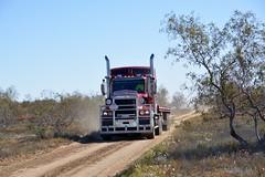 Energy Logistix (quarterdeck888) Tags: trucks transport roadtransport haulage lorry class8 tractortrailer overtheroad heavyhaulage australianroadtransport nikon d7100 semitrailer frosty quarterdeck flickr jerilderietrucks jerilderietruckphotos truckphotos australiantruckphotos expressfreight freight roadfreight truck c509 kenworth flattop deserttrucks energylogistics