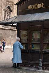 Lviv, missionary kiosk (Eleonora Sacco | Pain de Route) Tags: ukraine ukraina ucraina 2016 summer