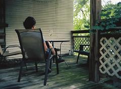 En el porche (@bokehpa) Tags: mediumformat mamiya mamiyam645 mamiya645 120mm portra160 newportra160 kodakfilm film filmisnotdead ishootfilm analog analogphotography analogue omaha