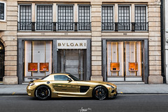 Black Gold Series (AaronChungPhoto) Tags: mercedesbenz benz mercesdes sls slsblack amg supercar car gold v8 london knightsbridge sloanestreet