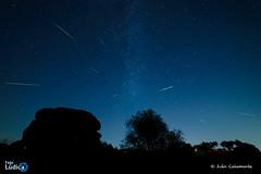 Perseidas (iCalamonte) Tags: perseidas nocturna noche nightscape meteor meteoros estrellas stars extremadura cornalvo espaa spain mrida milkyway valctea night nikon d610 samyang 14mm longexposure larga exposicin astrophotography