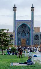 Naqsh-e Jahan Square (RJDonga) Tags: naqshejahan square esfahan isfahan iran persia picknick sunset people architecture islam