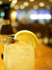 Grapefruit Sour (Annie ( 00 )) Tags: life food yellow japan lumix tokyo bokeh eating drinks annie grapefruit  20mm sour naka gf1   annienaka dmcgf1