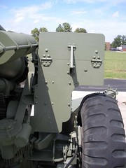"US 155mm M1A1 Howitzer 5 • <a style=""font-size:0.8em;"" href=""http://www.flickr.com/photos/81723459@N04/28530083243/"" target=""_blank"">View on Flickr</a>"