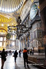 Aya Sofya8-0476erw (Luciana Adriyanto) Tags: travel turkey istanbul museum ayasofya hagiasofia flowers v1olet lucianaadriyanto