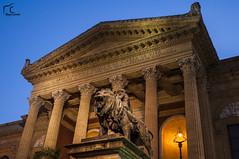 Teatro Massimo (vincenzoguerrieri) Tags: palermo nikon d90 italy sicily sicilia teatro massimo sunset tramonto leone lion