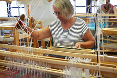(RAIL REED & weaving) Tags: weaving weaver loom looms weavers summercourses weavehackers