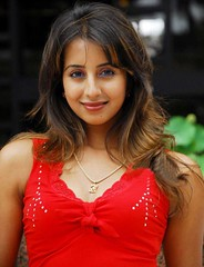 South Actress SANJJANAA Photos Set-11 (24)