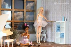 did we just dream this ? (photos4dreams) Tags: barbie mattel doll toy diorama photos4dreams p4d photos4dreamz barbies girl play fashion fashionistas outfit kleider mode puppenstube tabletopphotography aa beauties beautiful girls women ladies damen weiblich female dancers dancer ballet ballett tnzerin tnzerinnen ballerina