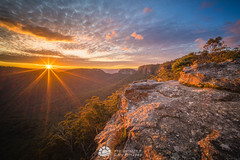 Sunset Rocks Sunset.jpg (Gary Hayes) Tags: australia sunsrisesunset mountvictoria landscape cloudscapes newsouthwales bluemountains