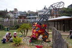 Building an artwork (Val in Sydney) Tags: sculpture art beach sydney australia nsw sculpturebythesea 2012 tamarama sxsbondi