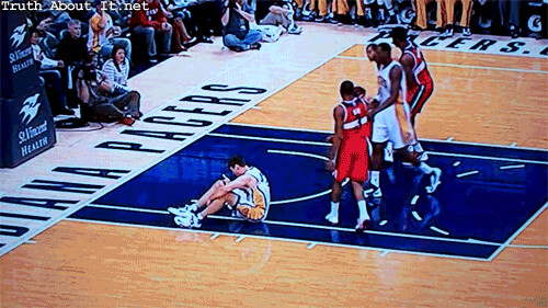 20121110-hansbrough-vs-honza