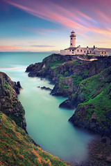 Fanad Head Lighthouse I (ill-padrino www.matthiashaker.com) Tags: ocean longexposure ireland sea lighthouse green sunrise bay movement meer mood silent sheep time head peaceful calm frieden cliffs atlantic hills grn eternity sonnenaufgang donegal leuchtturm atlantik klippen bucht langzeitbelichtung hgel fanad ozean ruhe dky atlantischer abgelegen