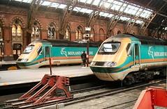 2002-02-06 - Midland Mainline 43053 & 43048 at London St. Pancras (VV773) Tags: city london st speed train high rail british pancras midland inter 125 mainline paxman valenta ic125 43053 43048 hsdt