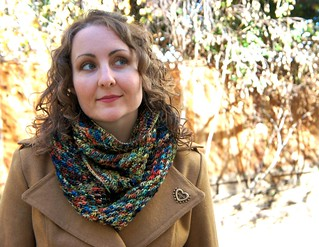 Denver Cowl pattern by Veronica Parsons