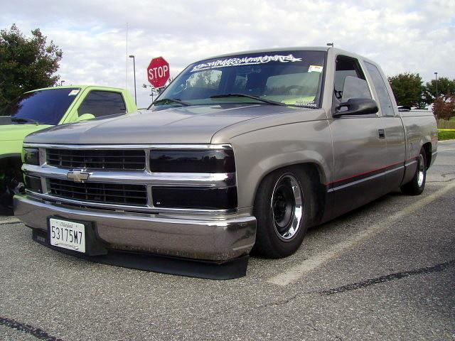 truck pickup chevy 1998 custom silverado carshow slammed c1500 glenburniemd autismspeaks ghostryderz centreatglenburnie