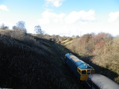 33021 climbs up the steep gradient heading away from Cauldon Lowe with 34028 on the rear, 13th Nov 2010. (Dave Wragg) Tags: train diesel railway loco locomotive class33 33021 cauldonlowe moorlandcityrailways