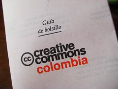 Gua de bolsillo Creative Commons (Fundacin Karisma Colombia) Tags: colombia creativecommons gua