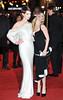Anne Hathaway, Amanda Seyfreid