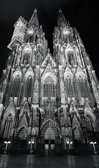 The Cologne Cathedral (_flowtation) Tags: longexposure bridge winter light sky blackandwhite panorama reflection church water monochrome architecture night reflections river lights blackwhite nikon cathedral nacht dom kirche architektur bluehour florian fluss rhine rhein lichter rhineriver kölnerdom blauestunde spiegelungen hohenzollernbrücke schwarzweis hohenzollernbridge leist flowtation cathedralköln nikon2470mm vertorama nikon247028 nikon2470mmf28 schwarzundweis d7000 vetorama nikond7000 cathedralcolone florianleist florianleistphotography florianleistfotografie flowtationde florianleistde