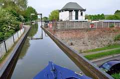 2016 05 28 129 Stratford upon Avon Canal (Mark Baker.) Tags: 2016 baker eu europe mark may aqueduct avon boat britain british canal cast day england english european gb great iron kingdom narrowboat outdoor photo photograph picsmark rural spring stratford uk union united upon warwickshire wawen wharf wootton