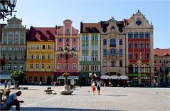 rynek..........market place (atsjebosma) Tags: marketplace rynek markt city stad wroclaw poland polen kleurrijk colorful houses huizen atsjebosma summer zomer 2016 sun zonnig