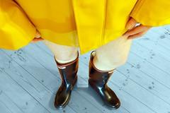 More from the rainwear photoshoots... (essex_mud_explorer) Tags: hellyhansen nusfjord rainwear raincoat rainjacket rain wellies wellingtons wellingtonboots rubber rubberboots boots century gates madeinbritain gummistiefel gumboots rainboots welly