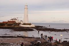 Crossing to St Mary's Lighthouse (lpmcc) Tags: uk england place unitedkingdom whitleybay stmaryslighthouse seatonsluice