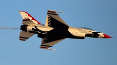 THUNDERBIRDS  (bluerain2012) Tags: lasvegas military thunderbirds usairforce nellisafb   d3200  aviationnation2012