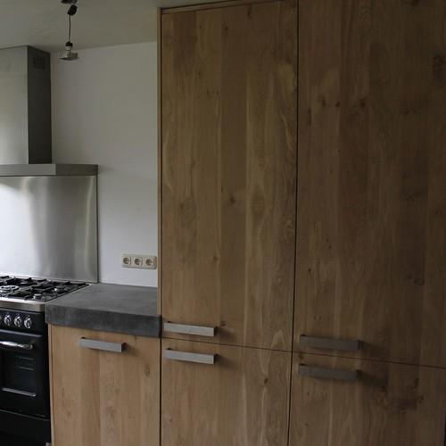 Keuken Beton Blad : en paul van de kooi met een betonnen blad beton keukenblad aanrecht