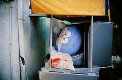 * (Danny Chou) Tags: leica film silver 50mm f10 fujifilm noctilux ttl 台北 ae rf m7 e60 銀色 072 眷村 正片 rangerfinder rvp50 5010 愛國東路 銀鹽 三代 連動測距