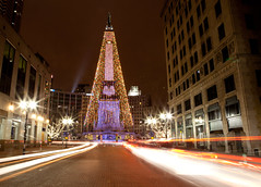 Indianapolis, IN (conniee4 aka Connie Etter) Tags: christmas canon lights slow indiana indianapolisin monumentcircle 2470mm trailinglights 5dmarkii