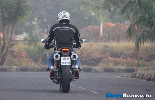 Ducati-Monster-795-69