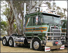 Janner transport (rbbrown96) Tags: show truck big crossing transport melbourne victoria rig kw hoppers kenworth janner k100g caslemaine
